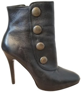 9e841a0cf0f Steve Madden Boots   Booties - Up to 90% off at Tradesy