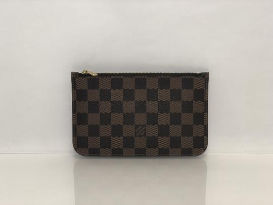 Louis Vuitton Lv Neverfull Neverfull Pouch Damier Canvas Clutch Wristlet in Brown