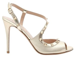 Valentino Studded Leather Ankle Strap Branded Insole Peep Toe Platine Sandals