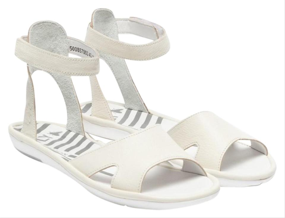 f1d9223af66 FLY London White Flat Ankle Strap Mafi Sandals Size EU 38 (Approx ...