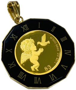 18K Japan Gold 18K Japan Gold Angel/Queen Pendant with black onyx