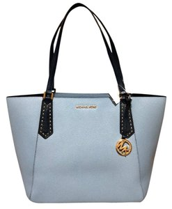 503b13cfd421 Michael Kors Kimberly Tote in blue multicolors