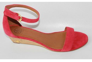 bea4a7a6fd54 Red Tory Burch Sandals - Up to 90% off at Tradesy