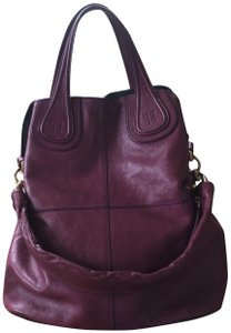 3087d0b38fb6 Purple Givenchy Bags - Up to 90% off at Tradesy