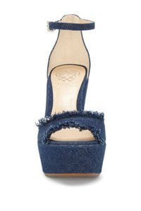 c744897caaba Vince Camuto Platforms - Up to 90% off at Tradesy