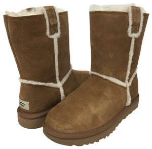 b6c49947d79 Women's UGG Australia Shoes - Up to 90% off at Tradesy (Page 5)