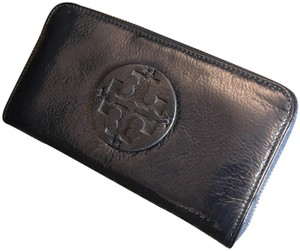 Tory Burch Tory Burch Patent Wallet Navy NEW w Tag Authentic