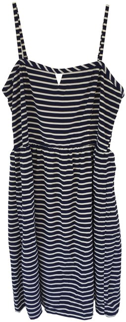 Preload https://img-static.tradesy.com/item/25007283/old-navy-blue-and-white-stripe-short-casual-dress-size-12-l-0-1-650-650.jpg
