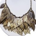 Vintage Vintage gold leaf bib style chain necklace Image 0