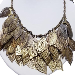 Vintage Vintage gold leaf bib style chain necklace