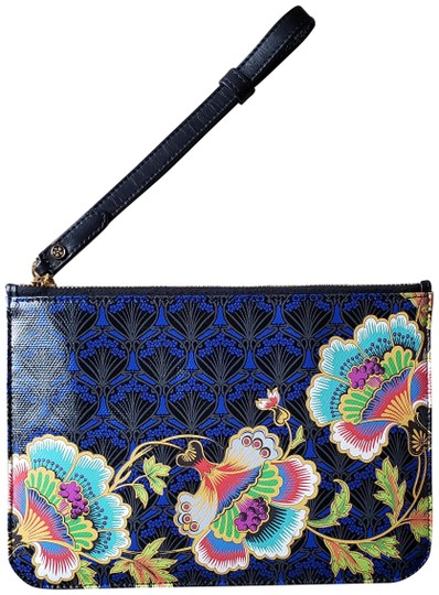 Preload https://img-static.tradesy.com/item/25007529/liberty-of-london-paradise-iphis-blue-coated-canvas-clutch-0-1-540-540.jpg