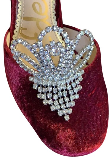 Preload https://img-static.tradesy.com/item/25007562/rhinestoned-sparkling-shoe-clips-two-pairs-0-4-540-540.jpg