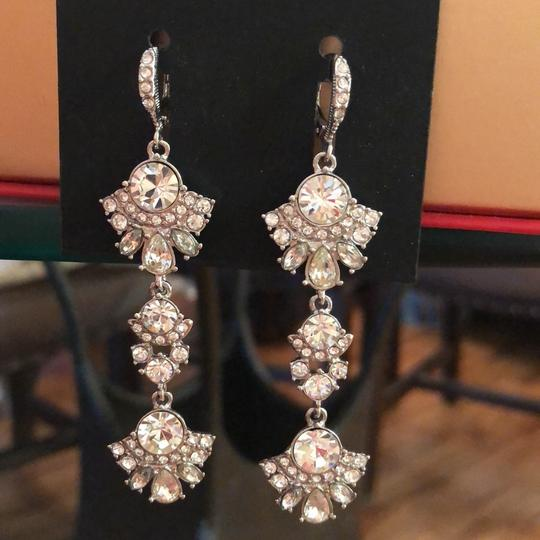 Preload https://img-static.tradesy.com/item/25007578/givenchy-withe-gold-tree-lear-crystal-drops-earrings-0-1-540-540.jpg