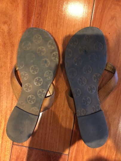 Tory Burch camel and gold Sandals Image 2