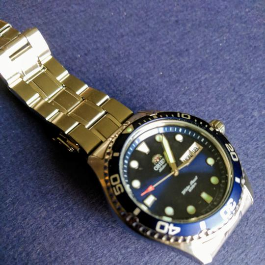 Preload https://item4.tradesy.com/images/seiko-blue-silver-orient-ray-ii-watch-25007848-0-0.jpg?width=440&height=440