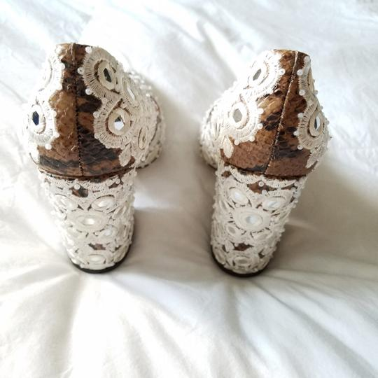 Tory Burch Brown & White Pumps Image 2