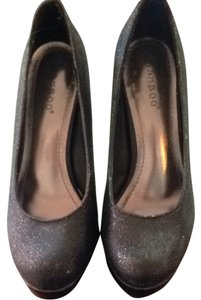 Bamboo Glittered Black Pumps