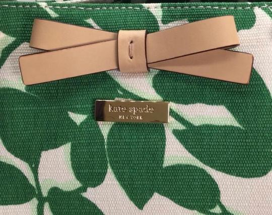 Kate Spade Canvas Handbag Francis Tote in Leaf Lucky Green Garden Leaves Image 4
