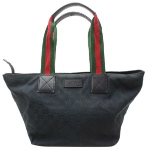 481aabc3c9e5 Gucci Mint Condition Xl Sherry Line Red/Green Tote in black large G logo  print