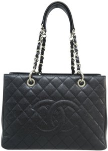 Chanel Gst Caviar Shoulder Bag