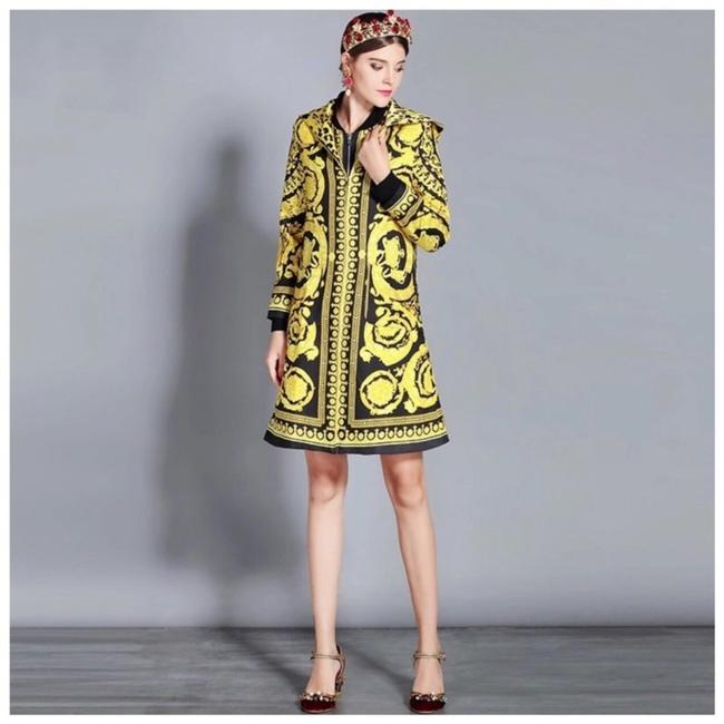 ME Boutiques Private Label Collection Black & Yellow Blazer Image 1