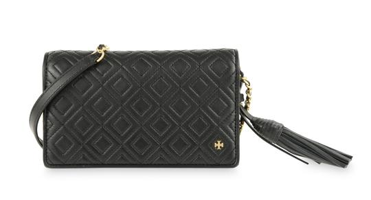 Preload https://img-static.tradesy.com/item/25011097/tory-burch-fleming-quilted-black-leather-cross-body-bag-0-4-540-540.jpg
