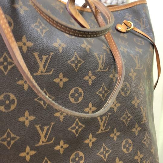 Louis Vuitton Neverfull Gm Monogram Tote in Brown Image 11