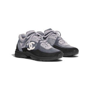 6d0ad920fa7 Chanel Black Suede Calfskin Cc Logo Low Top Lace Up Sneakers Size EU ...