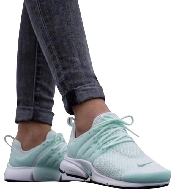 Item - Mint Green Women's Air Presto Deliver Unrivaled Fit and Comfort. Style/Color: 878068-017 Sneakers Size US 7 Narrow (Aa, N)