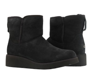083337fc4ae1 Women s UGG Australia Shoes - Up to 90% off at Tradesy