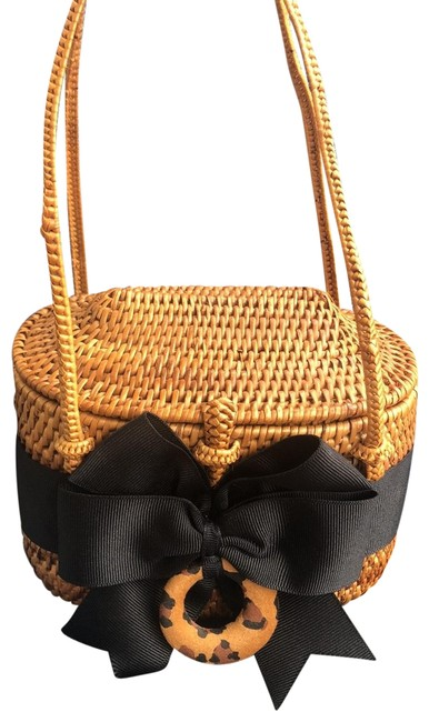 Item - Tan and Black Nantucket Style Woven Basket Clutch