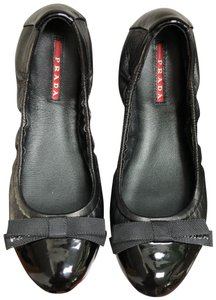 Prada Patent Leather Pointed Toe Slip-on Style Classic Chanel Black Flats