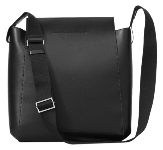 Item - The Form Black Leather Cross Body Bag