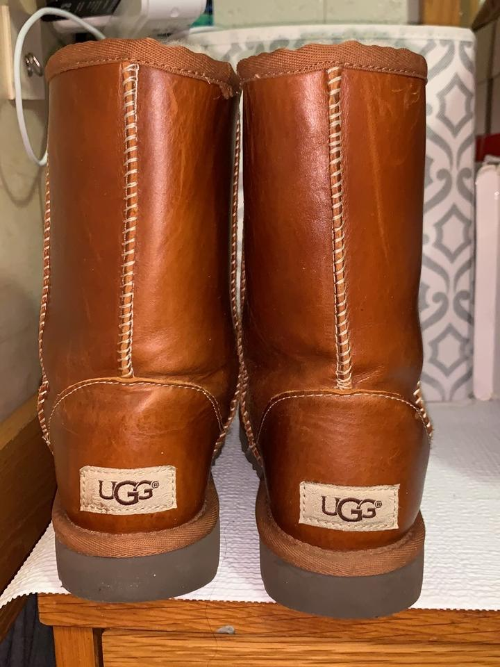 UGG Australia Chestnut Classic Short Leather BootsBooties Size US 5 Regular (M, B) 53% off retail