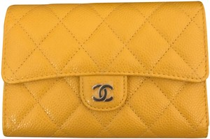 Chanel New 18S Caviar Wallet
