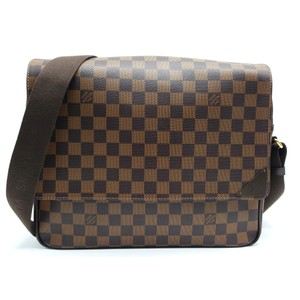 56c15189abc7 Louis Vuitton Messenger   Book Bags - up to 70% off at Tradesy