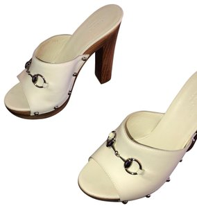 47596918c1a1 Women s Gucci Shoes - Up to 90% off at Tradesy