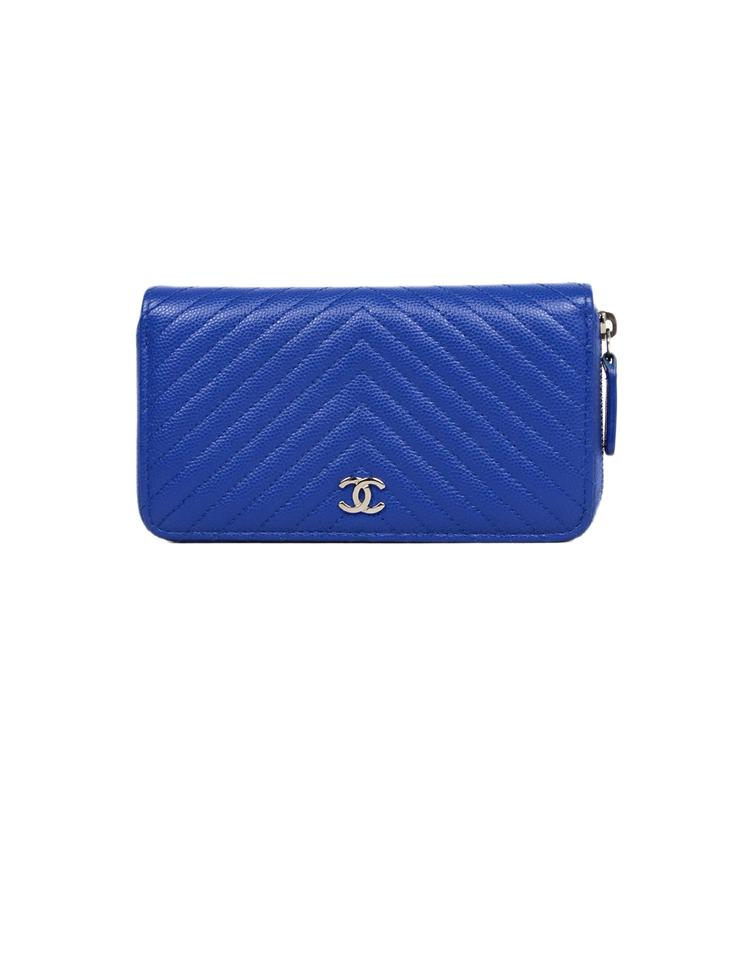 d19f4da150fafe Chanel Caviar Leather Chevron Quilted Small Zip Around Wallet Image 0 ...