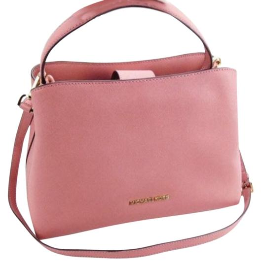 Preload https://img-static.tradesy.com/item/25018560/michael-kors-sofia-portia-large-east-west-tote-rose-pink-leather-satchel-0-1-540-540.jpg