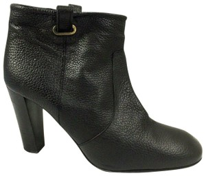 Delman Leather Pebbled Pull On black Boots