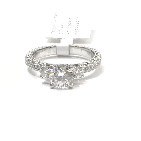 Tacori GORGEOUS!!! BRAND NEW!! NEVER WORN!! Tacori Platinum and Diamond Ring Image 3