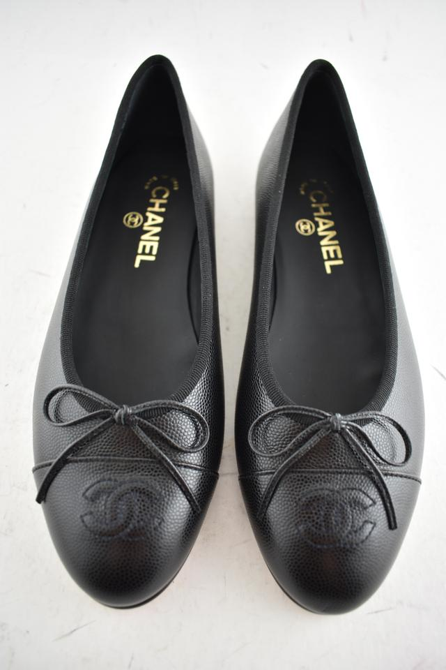 2b4601bcee8 Chanel Black Caviar Leather Cc Logo Classic Cap Toe Bow Ballet ...