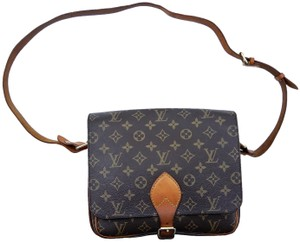 Louis Vuitton Cross Body Bags - Up to 70% off at Tradesy 5787ab0998bb3