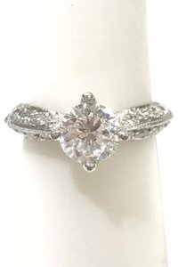 Tacori GORGEOUS!!! BRAND NEW!! NEVER WORN!! Tacori Platinum and Diamond Ring
