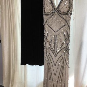 Patra Silver Sequins Beaded and On Two Layers Of Material Gown Sexy Bridesmaid/Mob Dress Size 8 (M)