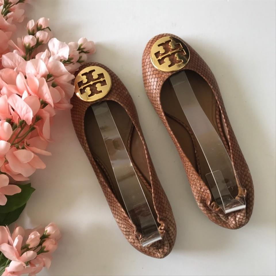 adc986ba94a5 Tory Burch Brown Reva Snakeskin Flats Size US 7.5 Regular (M