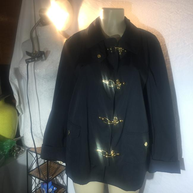Preload https://img-static.tradesy.com/item/25021504/lauren-ralph-lauren-black-rain-coat-with-gold-hooks-jacket-size-12-l-0-0-650-650.jpg