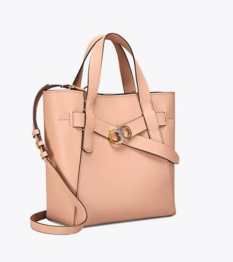 Tory Burch Tote in BEIGE SAND Image 10