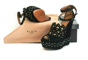 ALAÏA Sexy And Comfy Retail Great Value Black Wedges