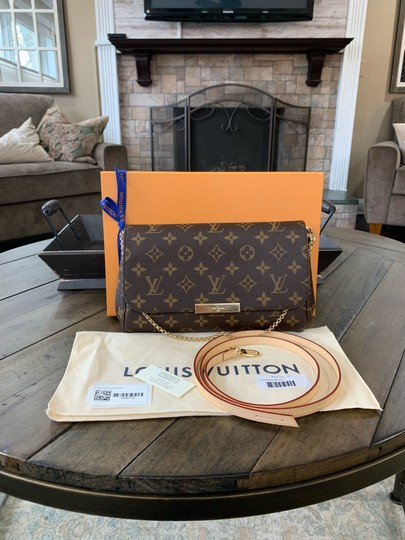 Preload https://img-static.tradesy.com/item/25023598/louis-vuitton-favorite-2019-new-sold-out-mm-box-dustbag-strap-brown-monogram-canvas-leather-cross-bo-0-0-540-540.jpg